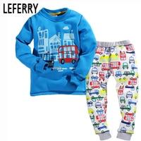 2018 Yeni Kadife Çocuk Giyim Croc Çocuk Giyim Boys Setleri Yürüyor Boy Giyim Kıyafetler erkek Bebek giyim seti Bahar Kış