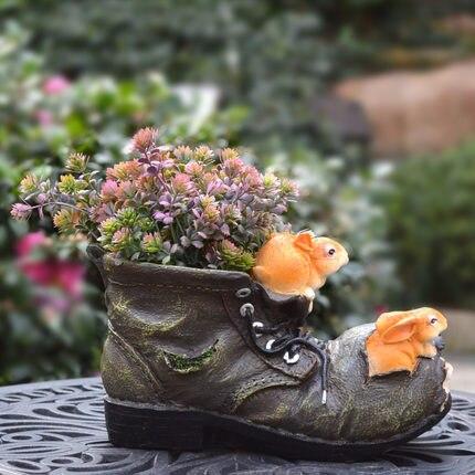 Outdoor binnentuin creatieve cartoon eekhoorn schoenen, bloempotten, balkon home decoratie, tuin decoratie-in Figuren & Miniaturen van Huis & Tuin op  Groep 3
