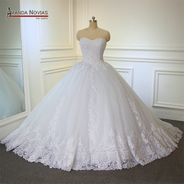 2018 Newest Luxury Strapless Wedding Ball Gown Custom Made Dress With Cathedral Train