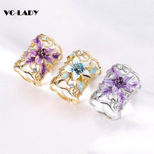 Enamel Pin Fashion Jewelry Women Broaches Gold Silver Plated Hollow Out Flower Scarf Clips Pin Crystal Brooch dropshipping