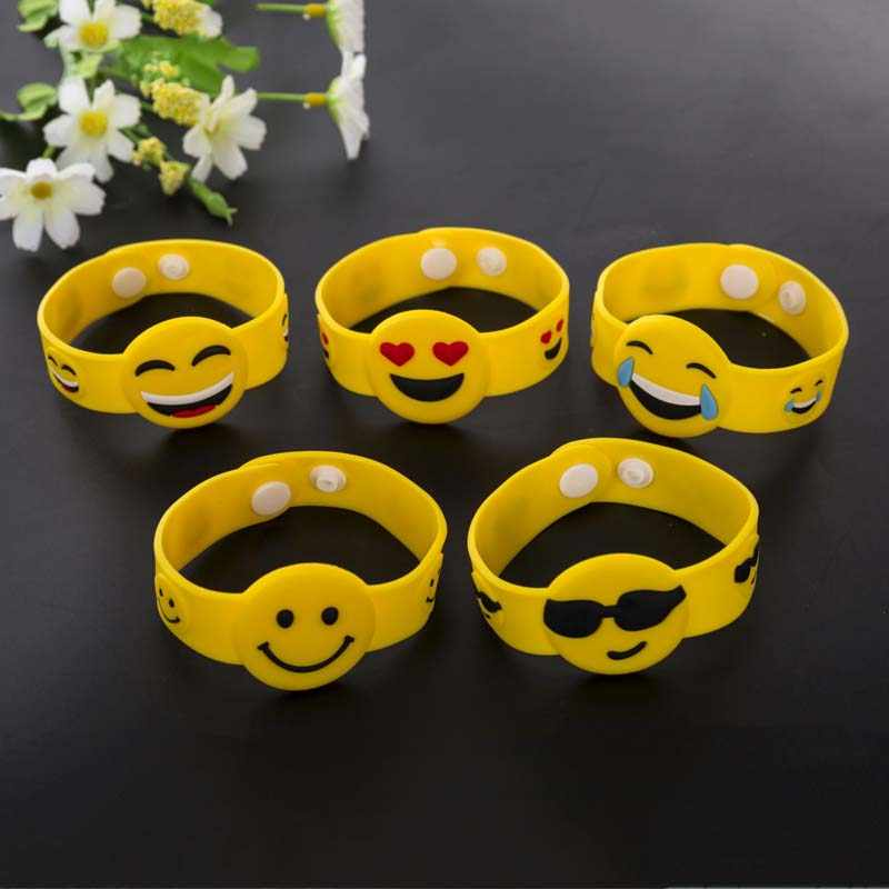 3/4/6 Pcs Kids Birthday Party Favor Emoji Wristband Baby Shower Baptism Gift Souvenir Pinata Fillers Present Back to School