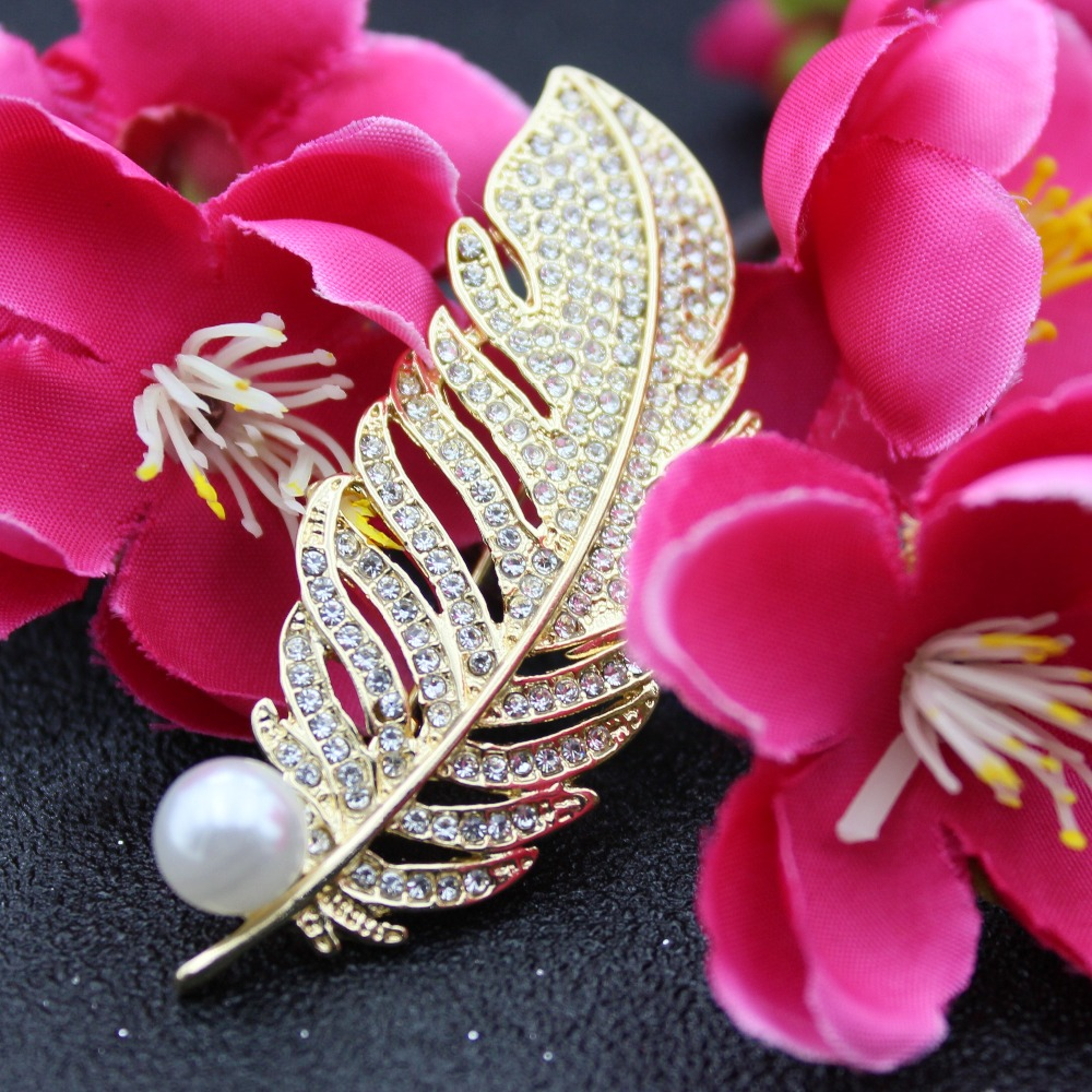 Feather Brooches Pearl Pearls For Women Women's Scarf Buckles