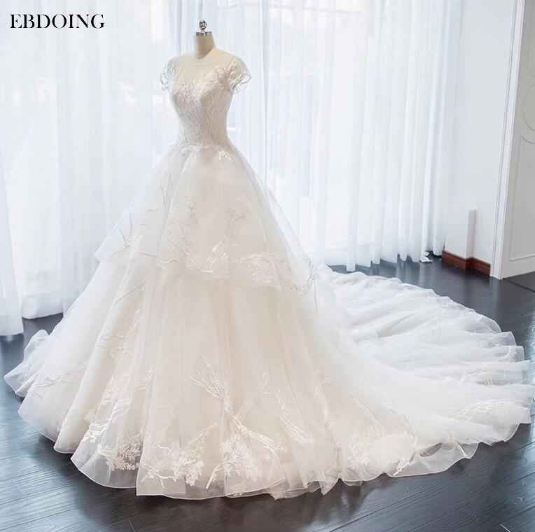 Amazing Princess Ball Gown Wedding Dress Boat Neck Short Sleeves Chapel Train Vestidos De Novia Embroidery