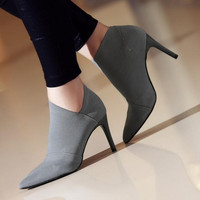 High heels 2019 new sexy retro women's boots spring and autumn hot casual European and American style high heels (34 41)