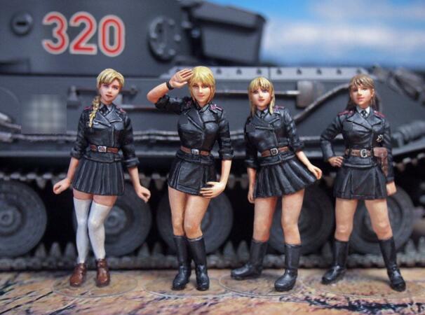 1/35 Resin Kits German Female Tank Crew 4pcs/set (no tank)