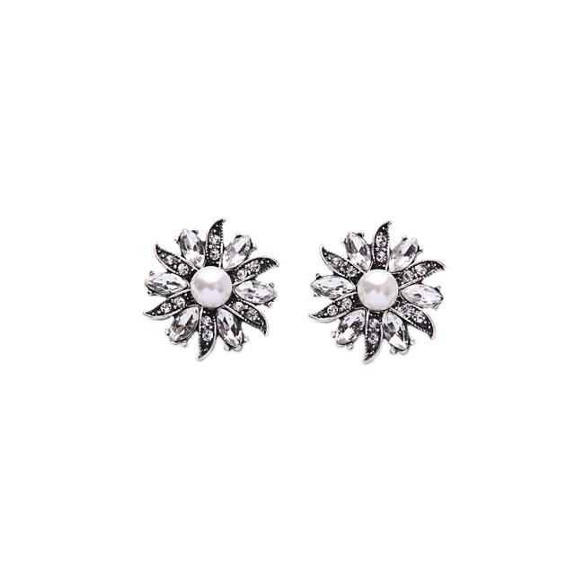 9753cdf254a9 Niza Diseño de Moda Chicas Populares En Forma de Flor de Color Plata de  Imitación Perla