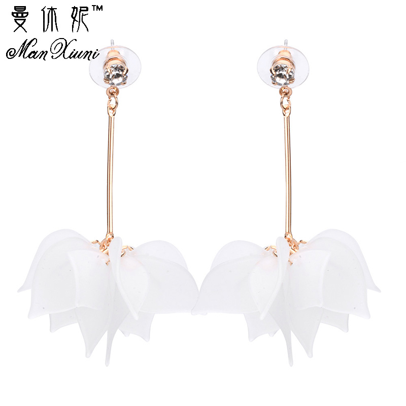 Hot Big Hanging Earing Sommar 2018 Mode Kvinnor Bröllop Smycken Dangle Flower Leaf Bridal Large Statement Drop Örhängen Hängsmycke