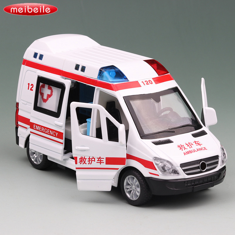Educational Pull Back Toy Car Boys 1:36 Alloy Diecast Emergency Ambulance Rescue Car Interial Model Light Sounds Children Kids