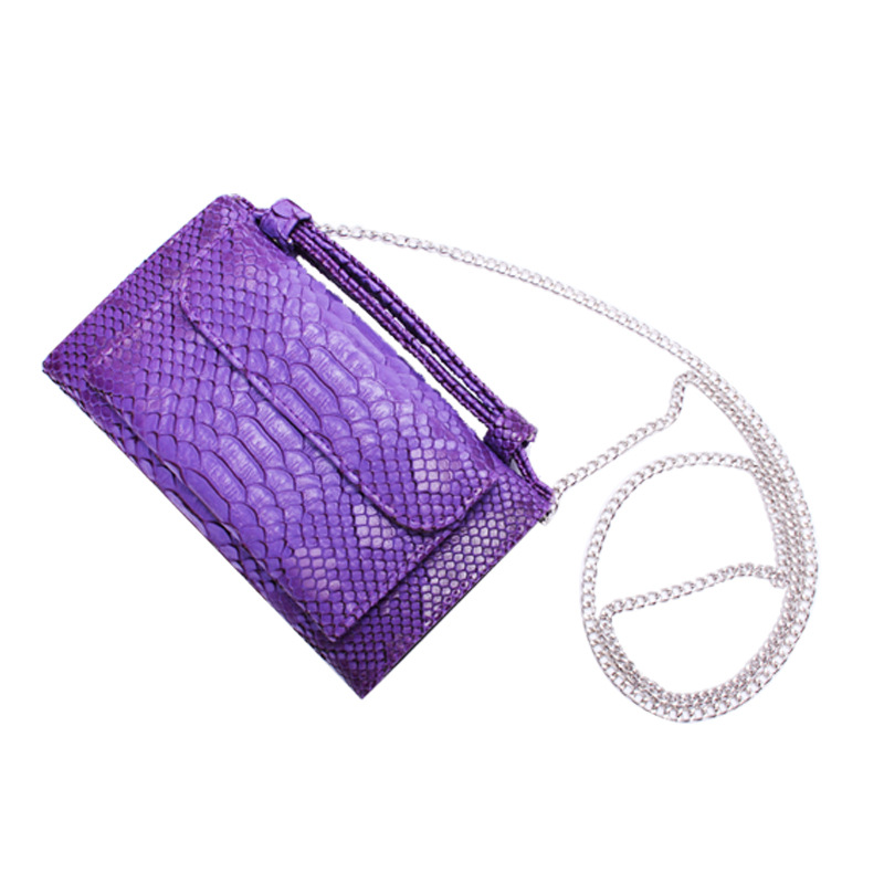 The new Korean version of serpentine leather hand bag leather chain shoulder Messenger bag wallet ladies long fashion trend