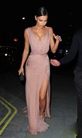 Sexy Evening Dresses Split Chiffon Deep V Neck Sleeveless Long Prom Gowns Pink Irina Shayk Celebrity