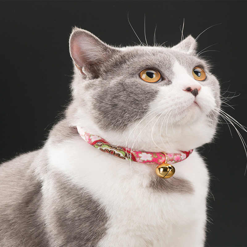 Handmade Có Thể Điều Chỉnh Dog Cat Cổ Áo In Cà Vạt Vòng Cổ Với Chuông Cho Mèo Con Chó Con Mèo Con Vật Nuôi Mèo Phụ Kiện