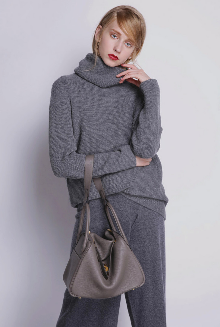 BELIARST New Autumn and Winter Cashmere Sweater Women's High Collar Thick Solid Color Sweater Loose Knit Sweater Wild Pullover 9