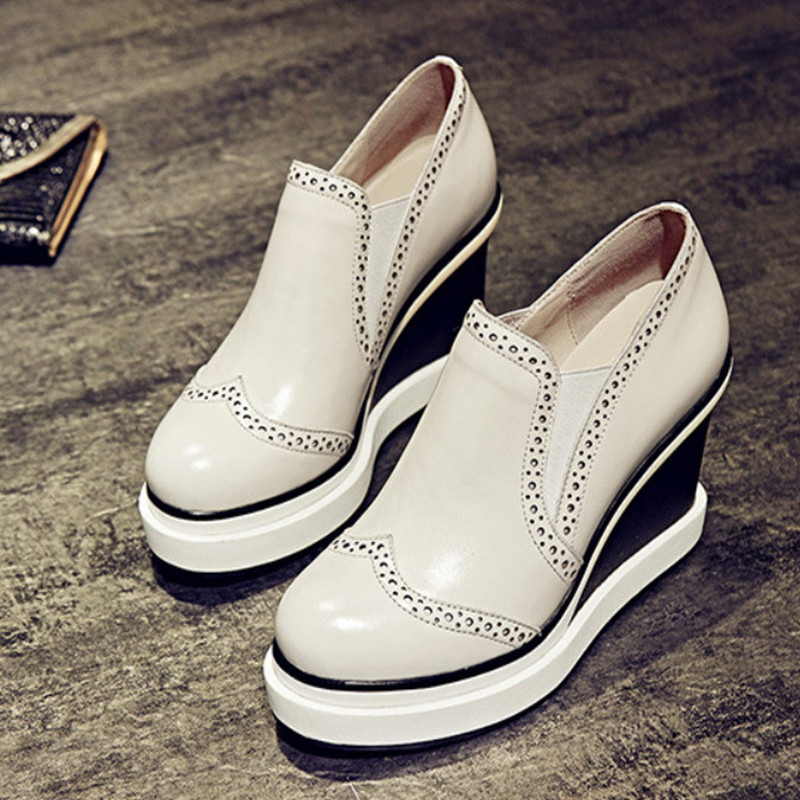 ФОТО 2017 New Brand Wedge Shoes Woman High Heels Fashion Platform Leather Shoes Women Pumps Casual Brogue Shoes Women