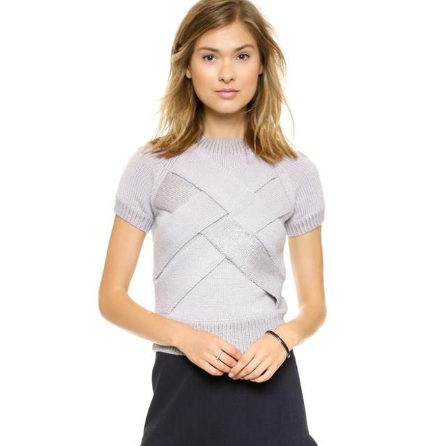 2014 New Autumn Women Sweater Slim Stacked Chest Pattern Short