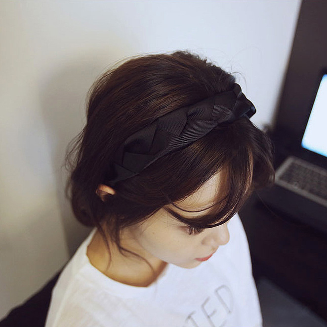Korean version of the hair ornaments simple wild cloth weaving wide hair band ribbon headband