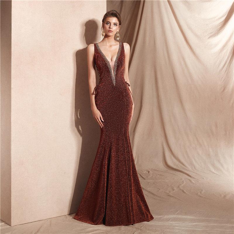 Sexy vintage dos nu robes de soirée longue sirène kakhi tan E015 robe de soirée sans manches col en V robes de fiesta