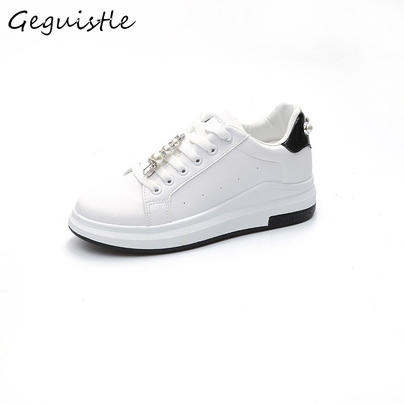 New Arrivals Small White Casual Shoes Women Fashion Comfortable Shoes Students String Bead Sneakers
