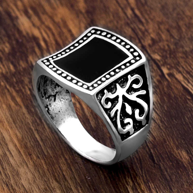 Vintage Men สีดำแหวนแฟชั่น Minimalist ออกแบบชุบโบราณแหวนเงิน