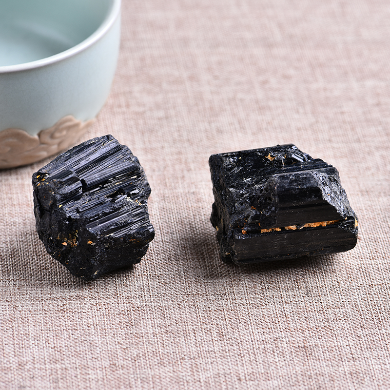 2pc natural black tourmaline tourmaline repair ore can be used for home decoration  DIY gift cokkection free shipping 4