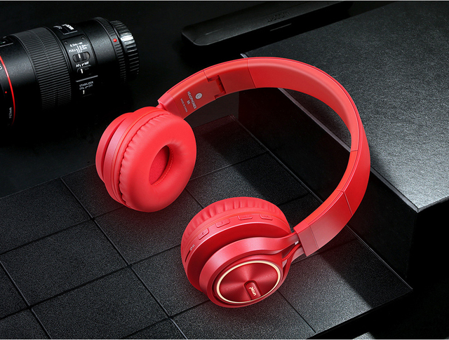 Wireless Foldable Stereo Headphones and Mp3 Player with Microphone