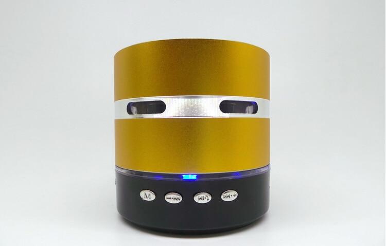 Envío gratis Mini Metal Estéreo portátil altavoz colorido LED - Audio y video portátil - foto 5
