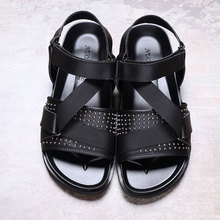 Men's sandals summer leather non slip Rome sandals casual beach shoes kanye west shoes black sexy shoes