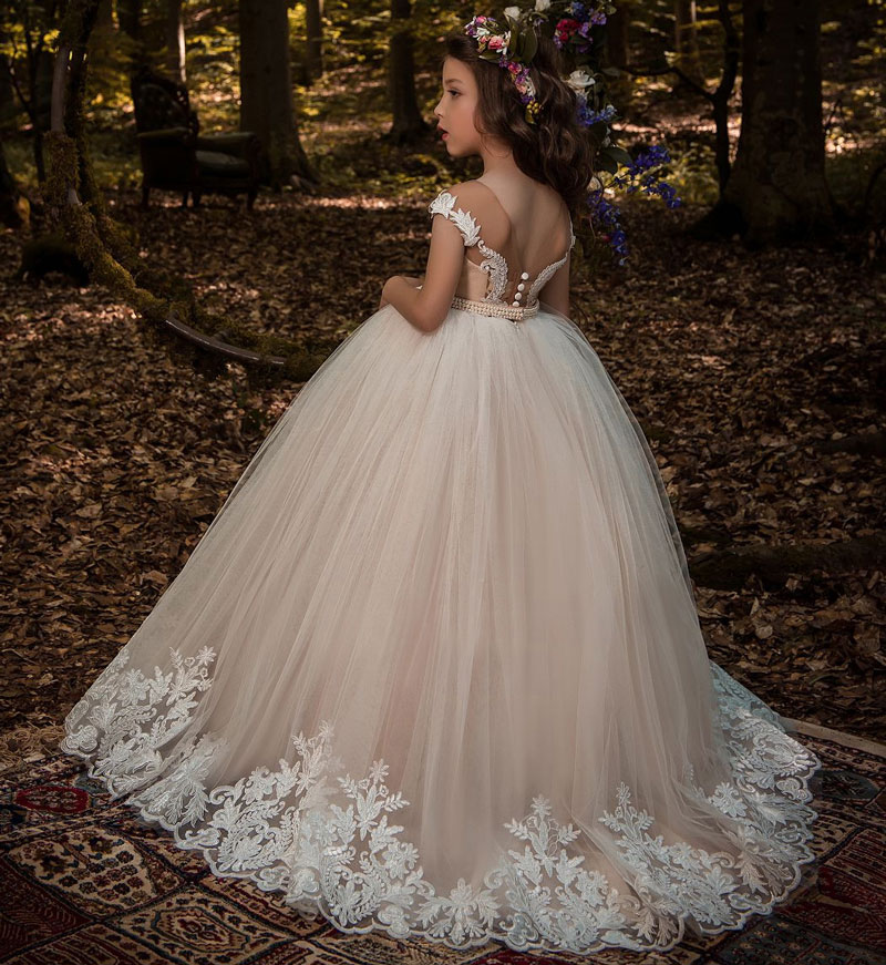 351cb663c57 Beautiful Lace Floral Appliques Cap Sleeves Flower Girl Dress V Back Style  Champagne Kids Tulle Pageant Ball Gown for Prom Party-in Dresses from  Mother ...