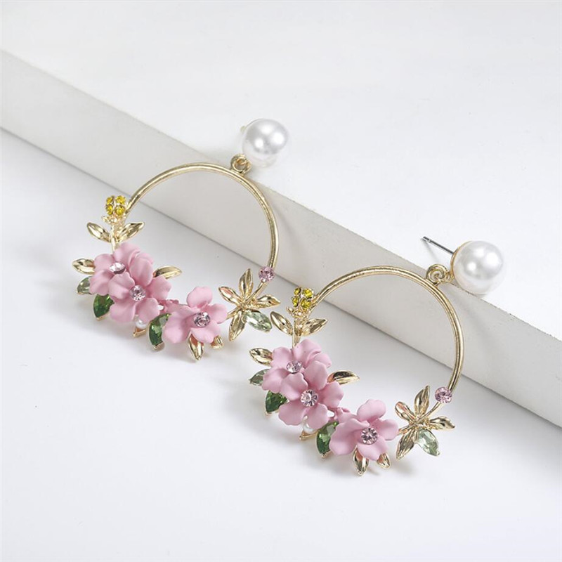 Korean version ins Leaf ear stud sweet soft clay pearl female hot style Pink Color Flower Girl Woman Big Circle Earring in Stud Earrings from Jewelry Accessories