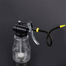 цены на 250cc Transparent High Pressure Pump Oiler Lubrication Oil Can Plastic Machine Oiler Grease flex Gun For Car Repairs Tools  в интернет-магазинах