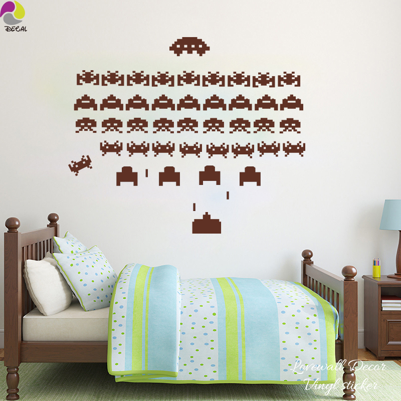Cartoon Space Invaders Wall Sticker PS3 Kids Room Classic Video Game XBOX SP4 Decal Vinyl Tank Game Home Decor Child play room