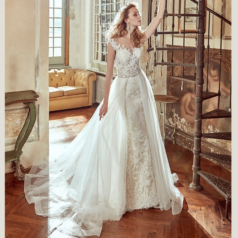 Lace mermaid detachable skirt wedding dresses removable for Detachable train wedding dress