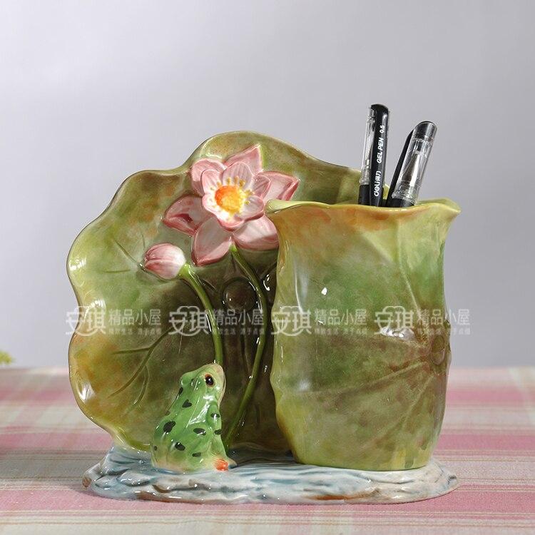 Vase à fleurs en céramique grenouille créative | pot à porte-stylo, décoration de maison, décoration artisanale, figurine d'animaux en porcelaine