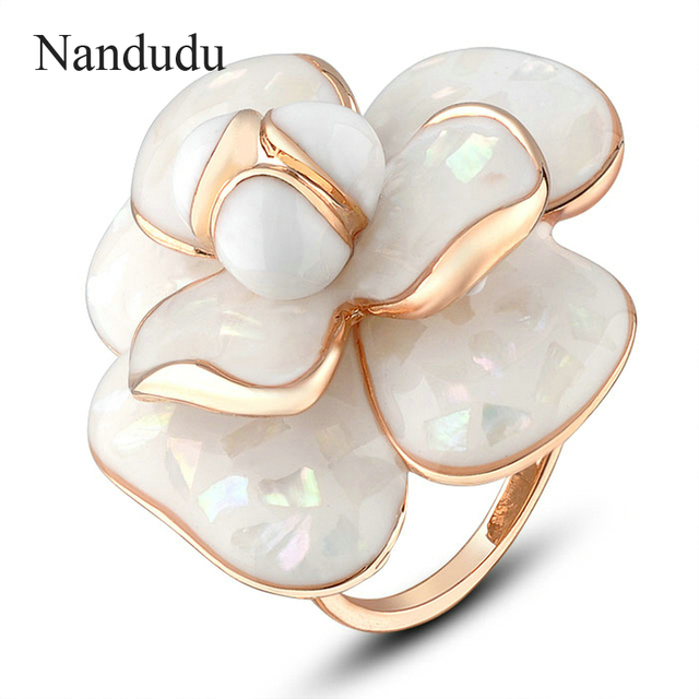 Nandudu High Quality Hot Sale Blooming Enamel Flower Rings Bridal Engagement Rin