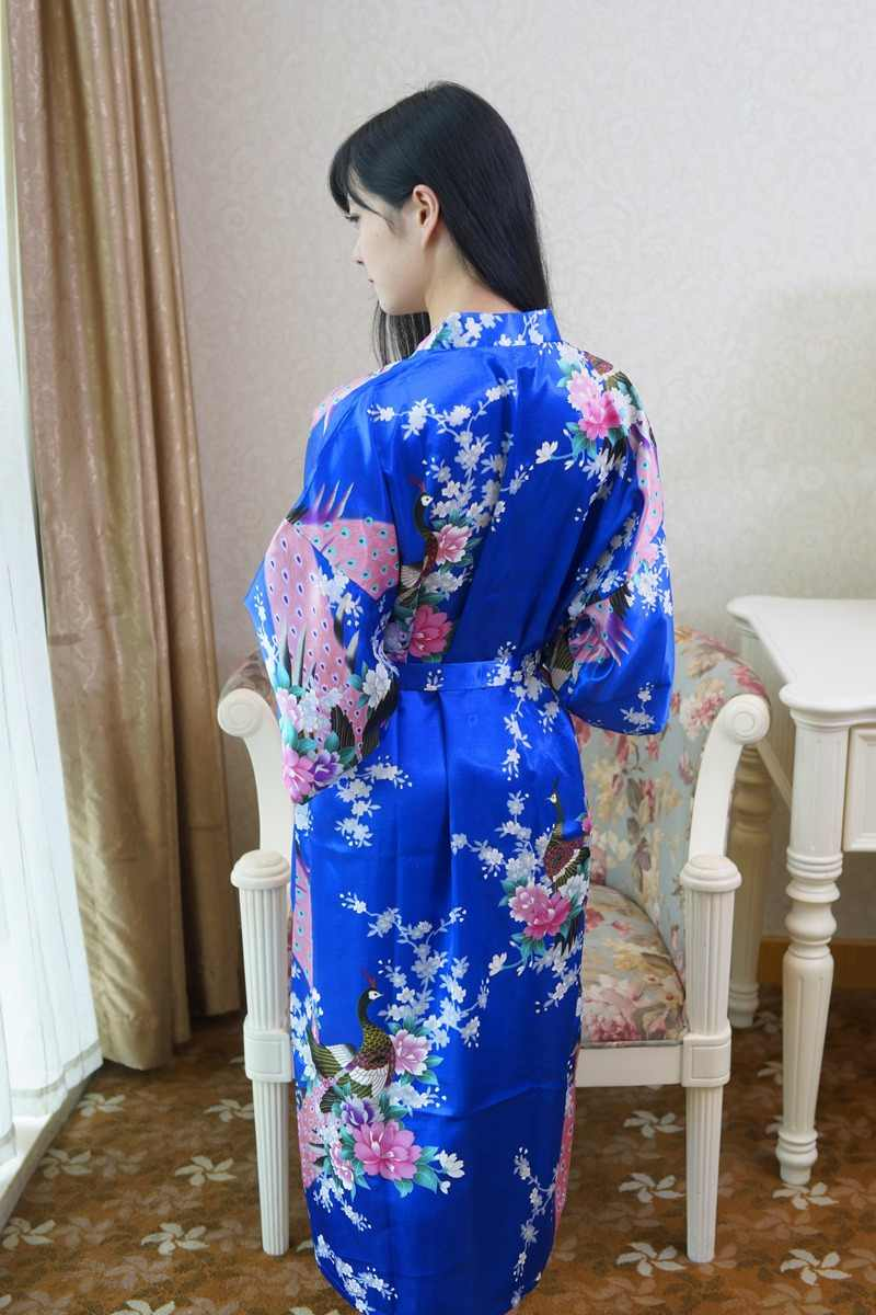 Сексуальное кимоно китаянки