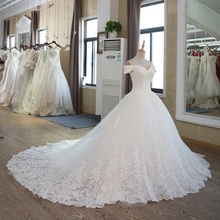 SL-100 Real Pictures Ball Gown Bridal Dress Vintage Muslim Plus Size Lace Wedding Dress with Sleeve 2017