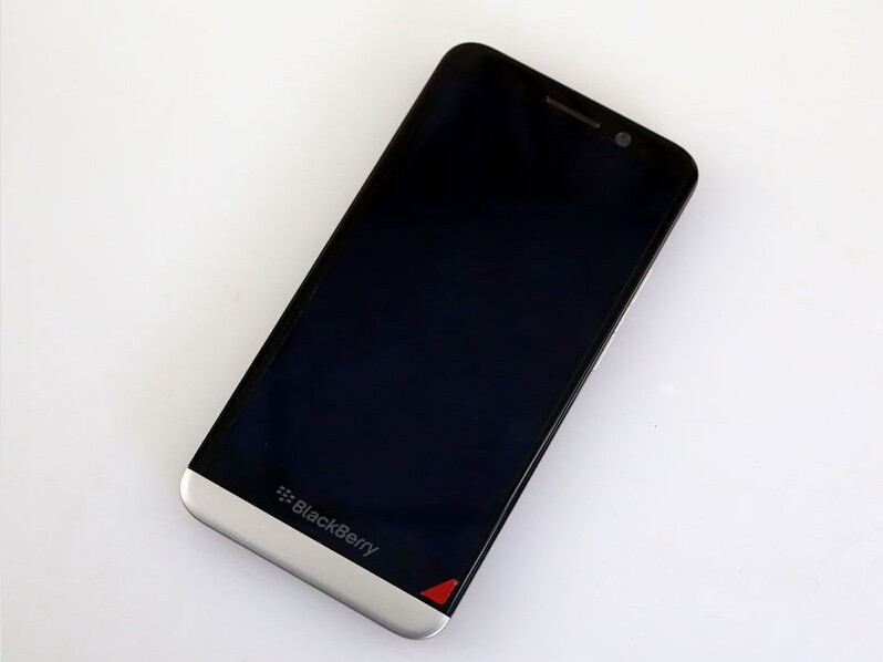 Original BlackBerry Z30 Mobile Phone 8.0MP Camera 5.0inch Touchscreen 16GB ROM 3G/4G smartsphone black 5