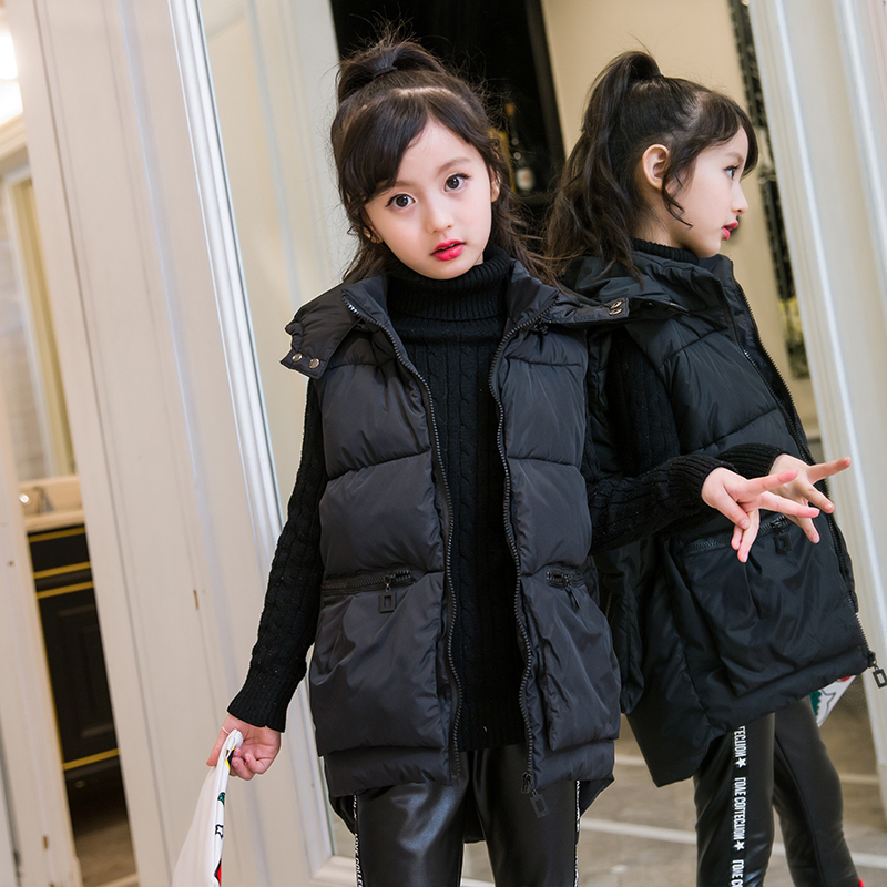 цены 2018 Winter Girls Vest Fashion Hooded Outerwear Thick Warm Medium-long Vest For Girls Green Red Black Waistcoat