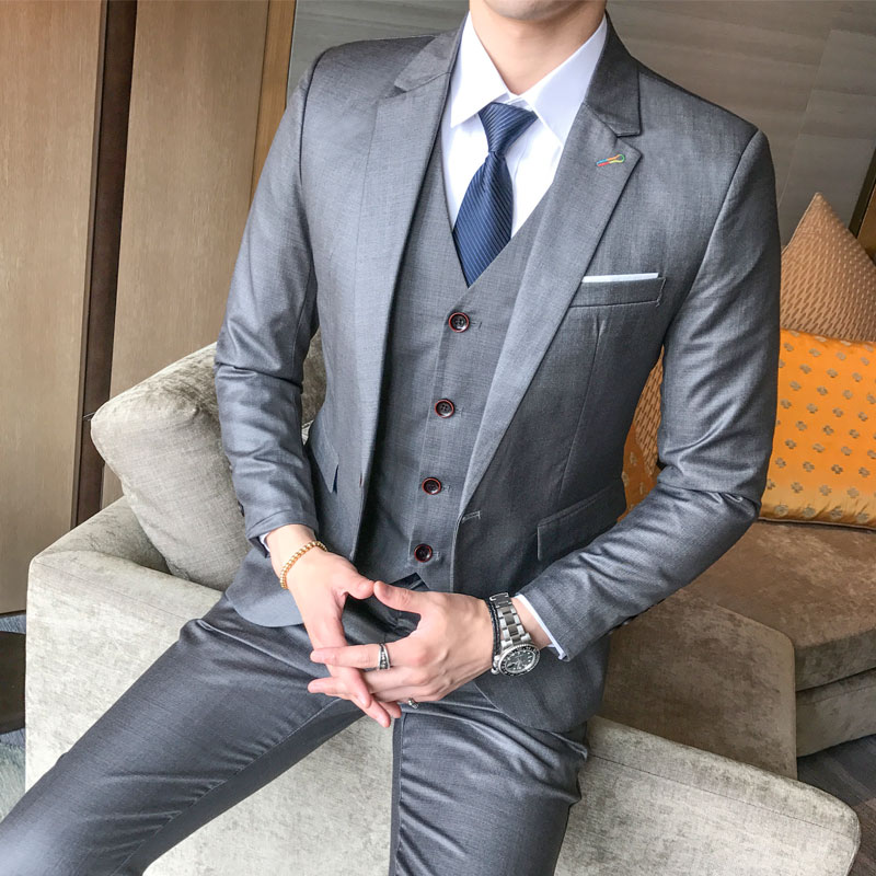 9aa3923c8 Formal Mens Suits Blazer Groom Wedding Tuxedos 2019 Banquet Gentleman Dress  Up Male Fashion Business Suit (Jacket Vest Pants)