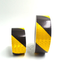 Yellow/Black Dual color arrow safety self adhesive warning tape with high visibility  Free shipping цена 2017