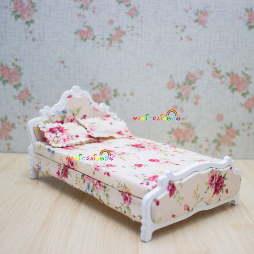 US $16.99 |Wood Assembled Princess Bed Bedroom Furniture 1:12 Dollhouse  Miniatures White Flower Pattern-in Furniture Toys from Toys & Hobbies on ...