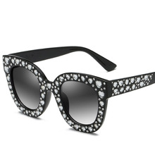 Diamond Sunglasses New Brand Designer Women Sun glasses Round Frame Star For Eyewear Oculos De Sol UV400