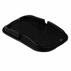 Image 2 - Universele Auto Dashboard Anti Slip Pad Telefoon Gps Holder Anti Slip Multifunctie Siliconen Mat Auto Accessoires