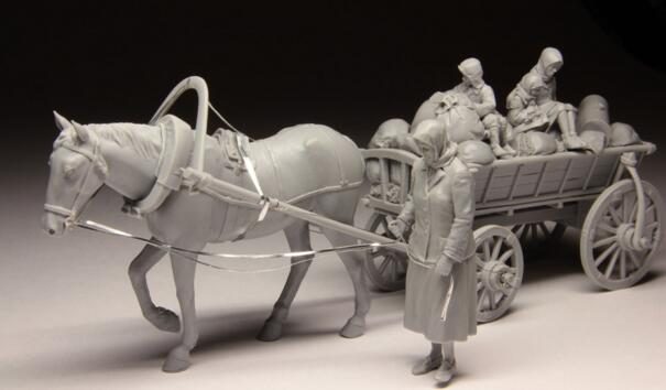 1/35 Resin Kits WWII Europe Refugee 1 Set (include Cart,Horse,Refugee And Package)