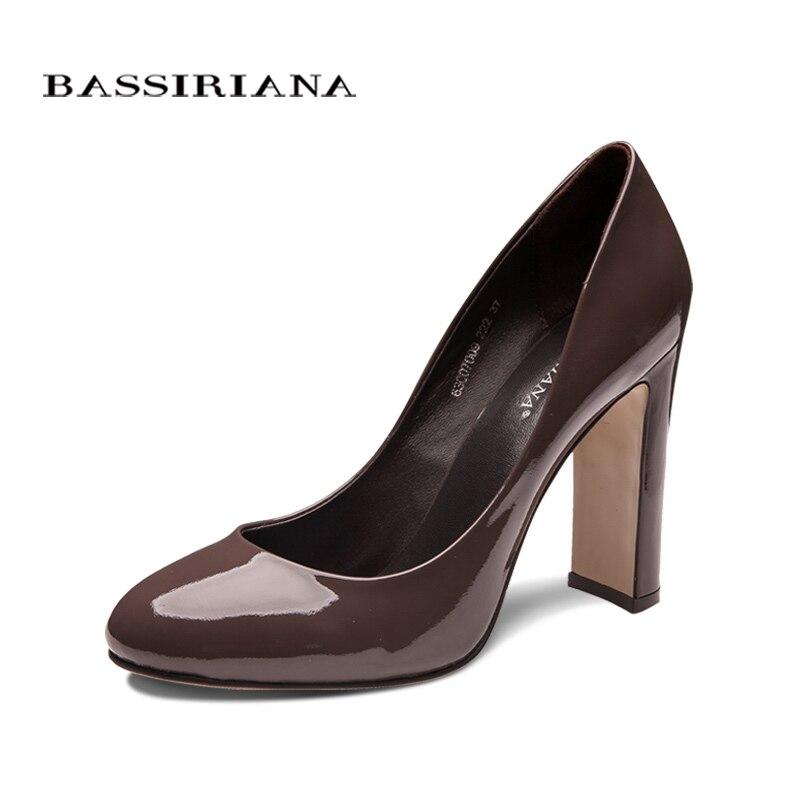 BASSIRIANA clásico bombas de zapatos de tacón alto zapatos de mujer zapatos de cuero genuino de gran tamaño 35-40 del dedo del pie redondo negro primavera otoño envío gratis