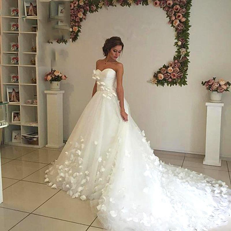 quality design a6ca7 5095d Ultra Romantico Fiore Bianco Abito Da Sposa Treno Lungo ...