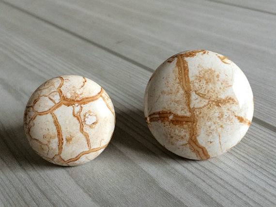 Kitchen Cabinet Knobs / Dresser Drawer Pulls White Tan
