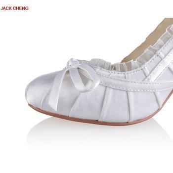 Luxury White Flower Ballroom Dance Shoes High Heels 2018 New Sandals For Women High Heels Elegant Wedding Bridal Shoes