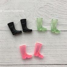 цена Hand Made Fairy door great gift for Kid miniature Cute Soft Rain Boots Teeth Fairy Accessory 3 Colors silicone Dolls Toys онлайн в 2017 году