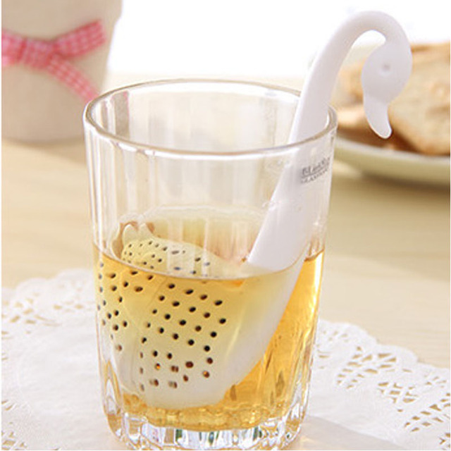 Novelty Tea Infuser Swan Loose Tea Strainer Herb Spice Filter Diffuser Black and White