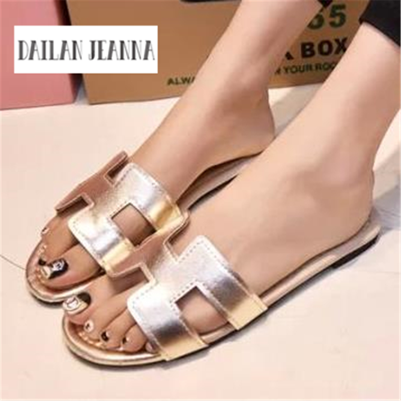 New Summer Slipper Women Slippers Slides Women Sandals Slippers Word Hollow out Women Single Sandals Non-slip Fashion